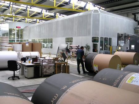 42 Papierrollen a 2,6 Tonnen werden für unseren Katalog bedruckt